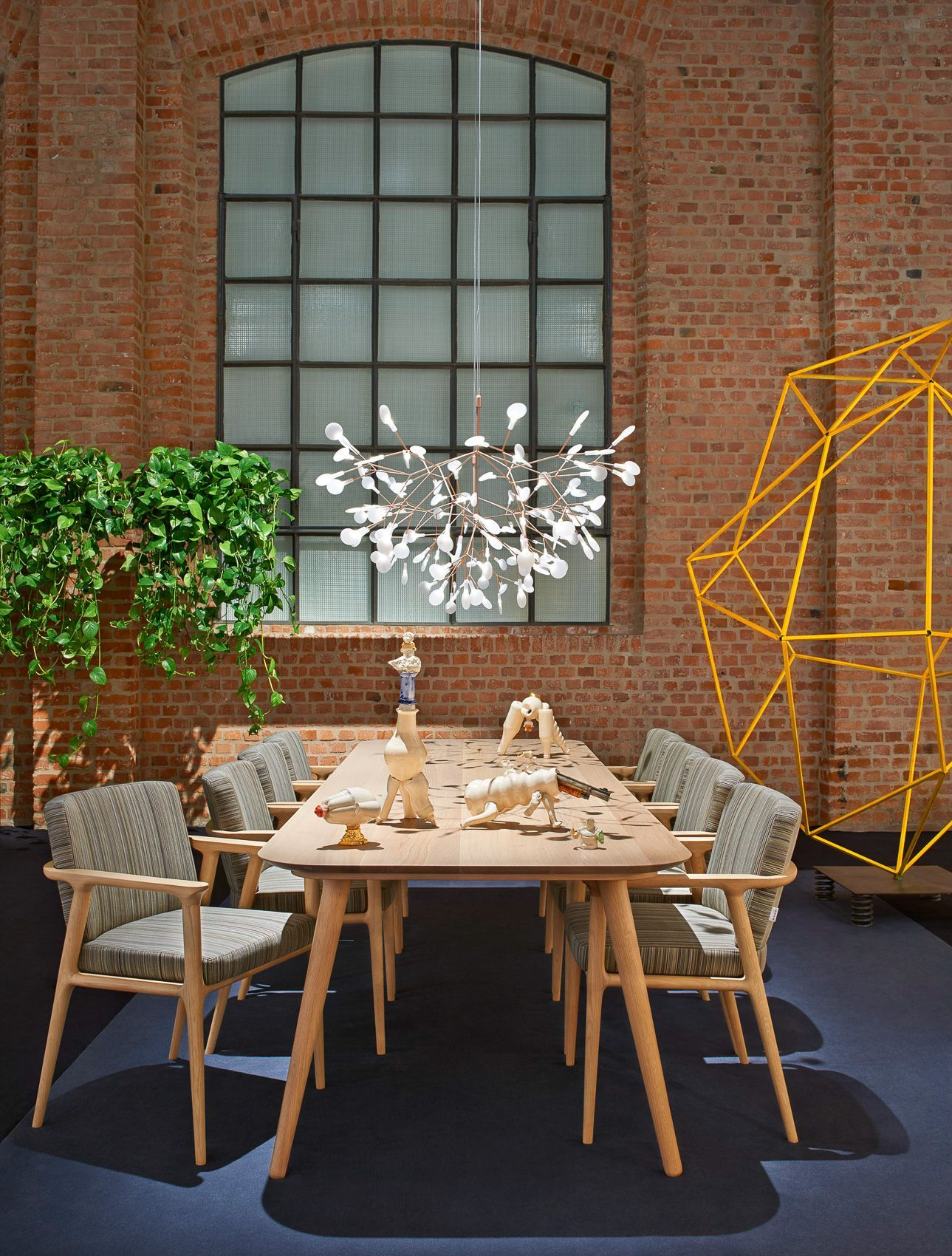 mooi furniture. Zio Dining Table , Heracleum Lamp By MOOI Mooi Furniture