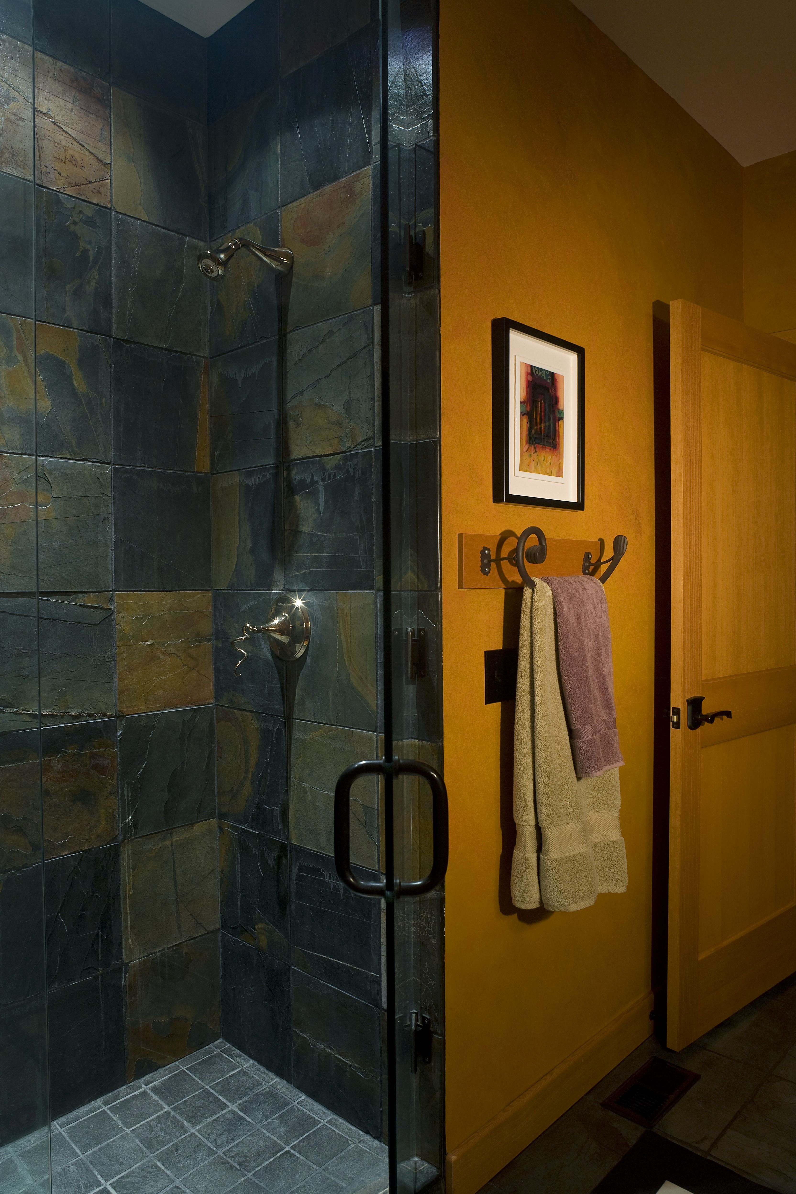 A Gorgeous Walk In Shower With Slate Tile And Gray Floors. If Youu0027re