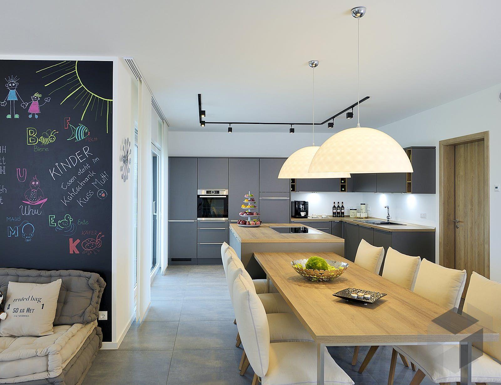 Großer Esstisch in offener Küche modern in 18  Kampa haus