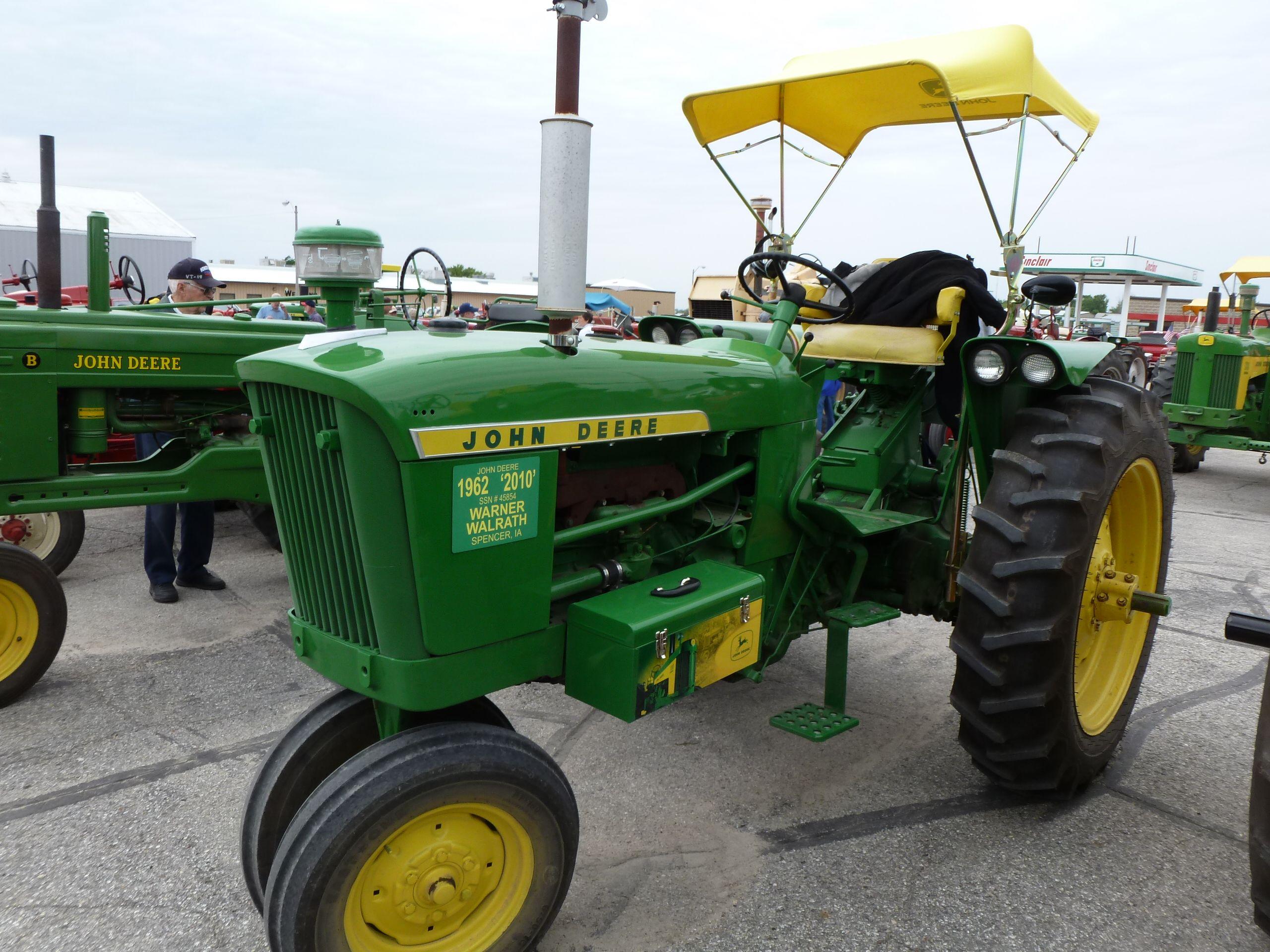 1962 John Deere 1010 : John deere kicd antique tractor ride pinterest