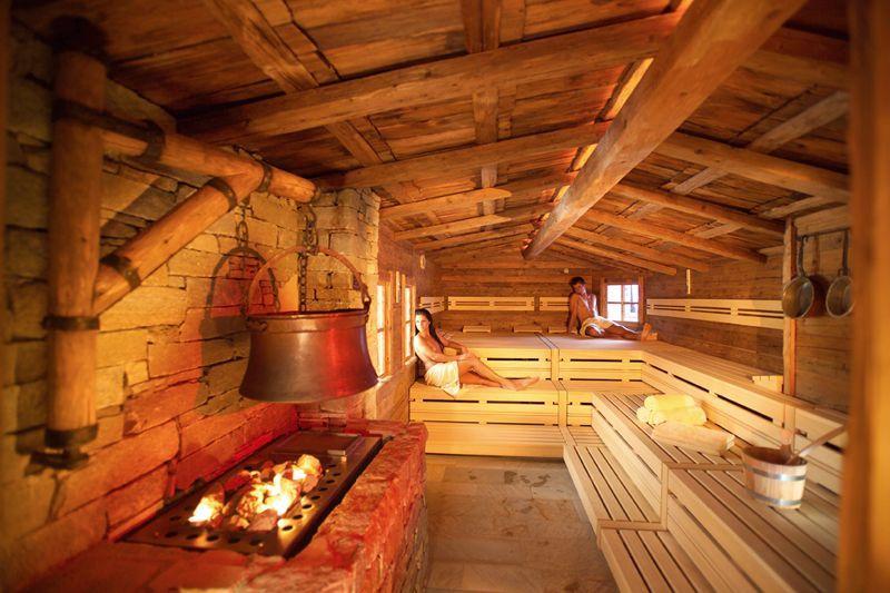 hotel serfaus finnische sauna pinterest saunas l win und b ren. Black Bedroom Furniture Sets. Home Design Ideas