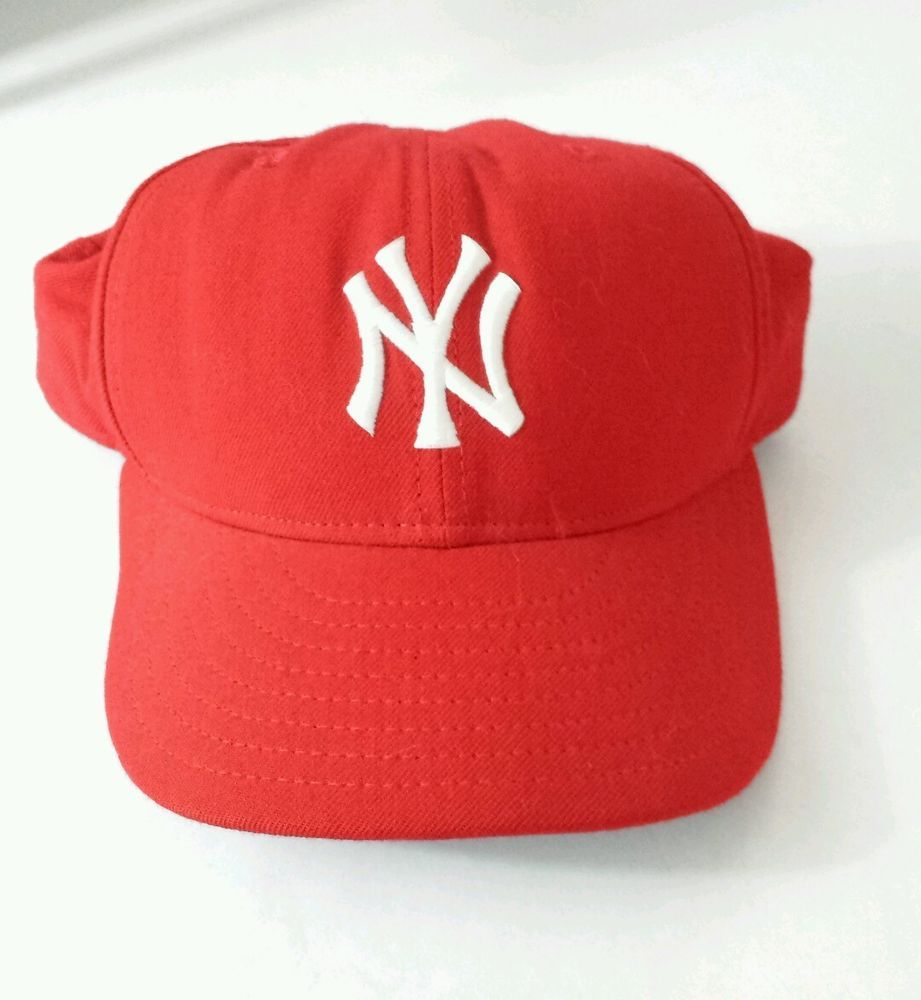 a234697f9fa New Era Men s MLB Cap Size 7-1 2 Red White 59 50 New York Yankees Fitted Hat   NewEra  BaseballCap