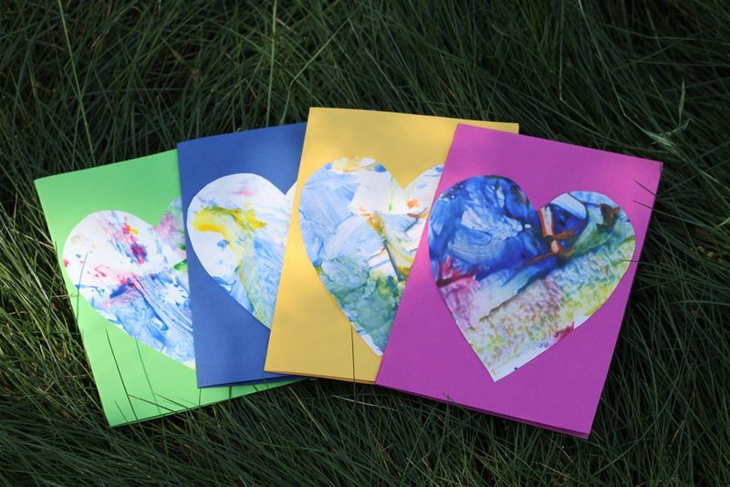 Toddler art mother 39 s day cards heart cards thank you for Preschool mothers day cards
