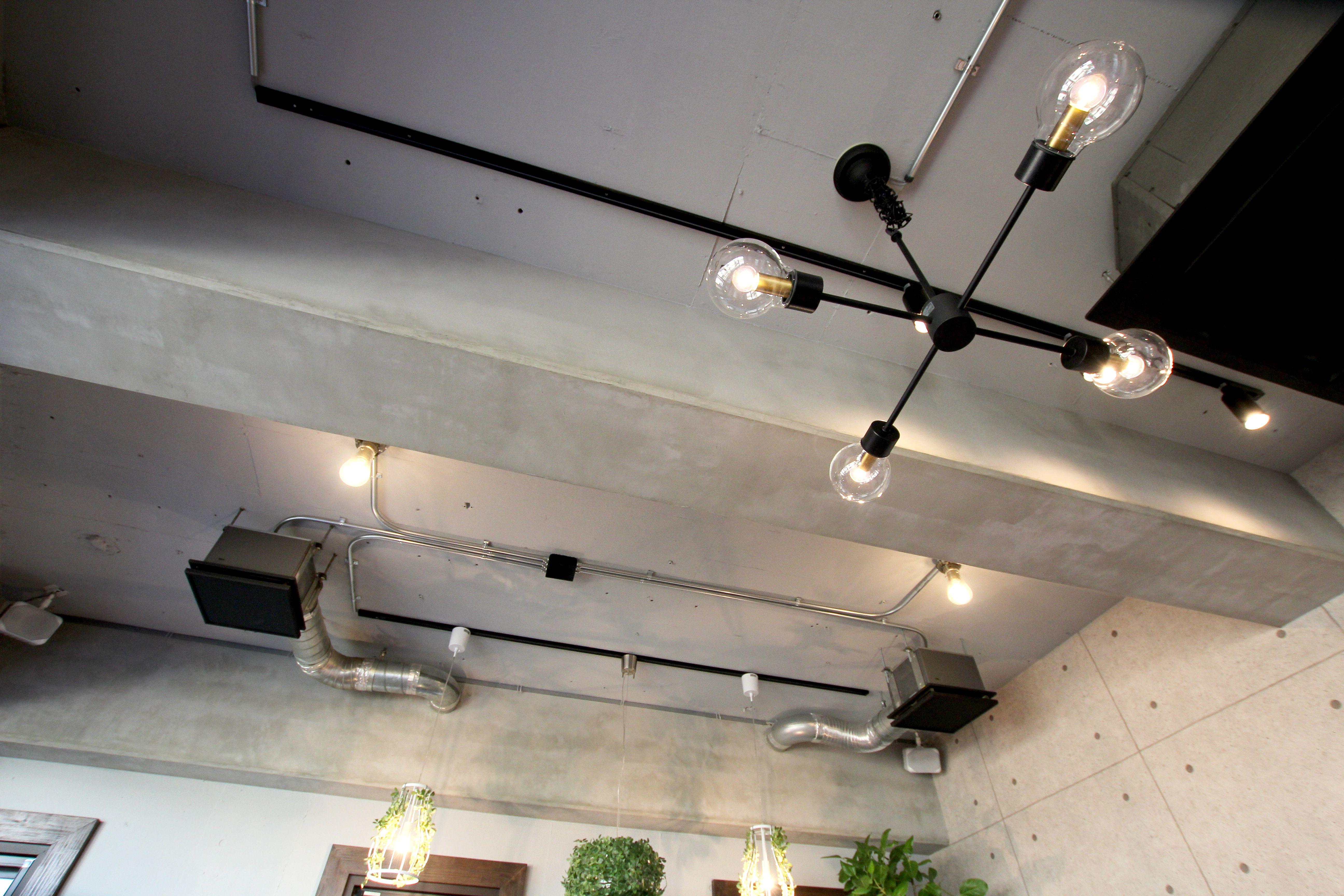 ルーエプラッツ おしゃれまとめの人気アイデア Pinterest Loveing Home 照明 レール コンクリート 打ちっぱなし 天井