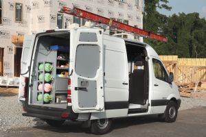 Sprinter Van Equipment Masterack Is North America S Leading Supplier Of High Quality Cargo Van Interiors You Can Also Specify The Same Comm Herramientas Cosas