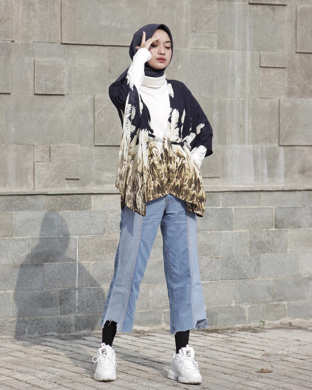 Pin oleh Nisa di Hijab style | Pakaian model, Casual hijab ...