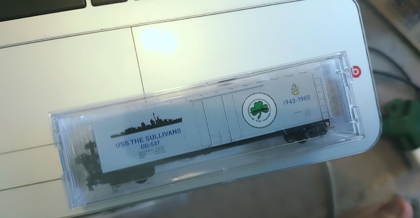 Model Railroads & Trains N Scale Micro-trains 038 00 406 Uss Gilbert Islands Navy Series #6 Boxcar New In Box