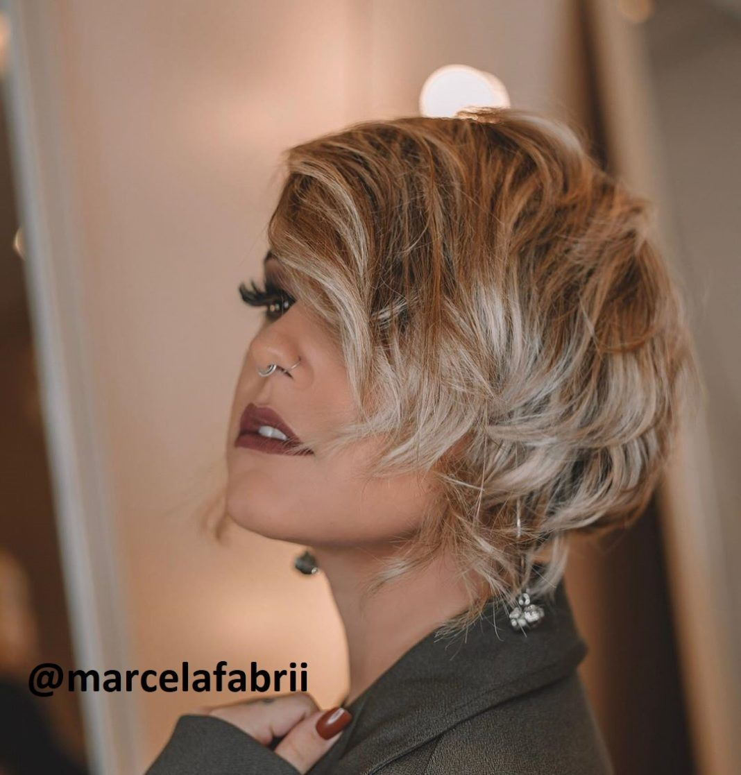 Die Besten Promi Kurzhaarschnitte Frauen Frisuren Frisuren Stil Haar Kurze Und Lange Frisuren In 2020 Kurzhaarschnitte Kurzhaarschnitt Frauen Kurzhaarschnitt Frisuren