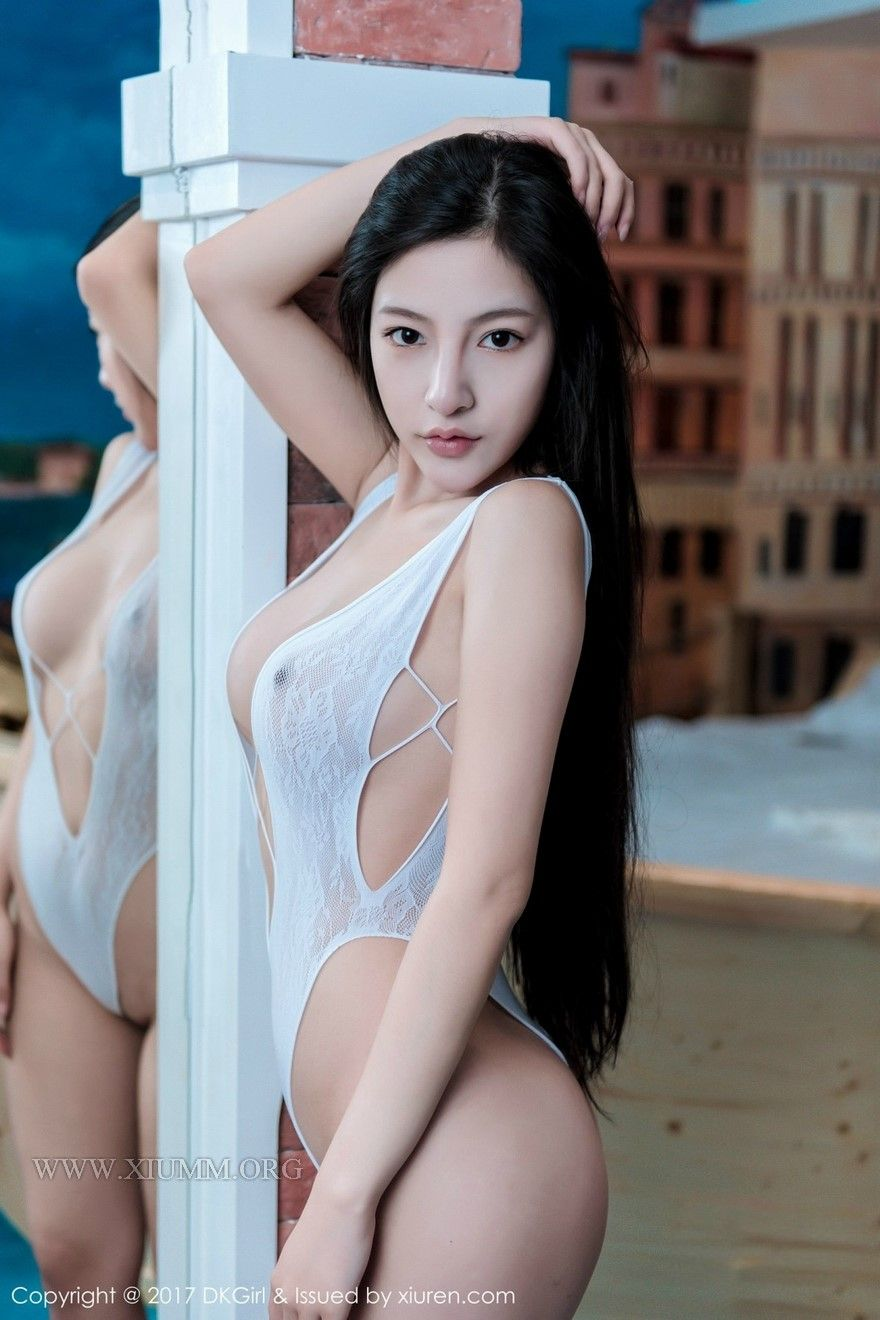 girl Hot boobs asian