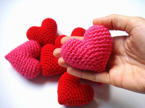 Amigurumis Navideños Patrones Gratis : Corazon amigurumi patrones llaveros pinterest amigurumi