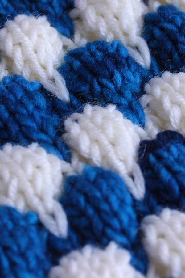 Knitting up the Bubble Stitch Pattern