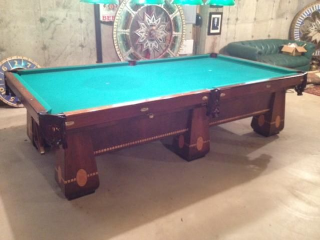 1926 Antique Brunswick Medalist 5 X10 Combo Pool Table Just Like The One I Used To Play On At Juniata College Antique Pool Tables Antiques Antique Mirror