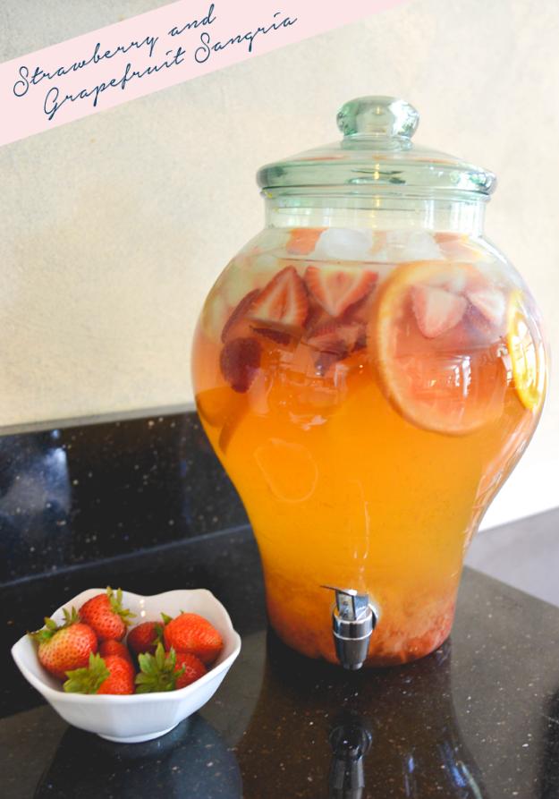 Summer Strawberry and Grapefruit Sangria |GreenspringAvenue.com