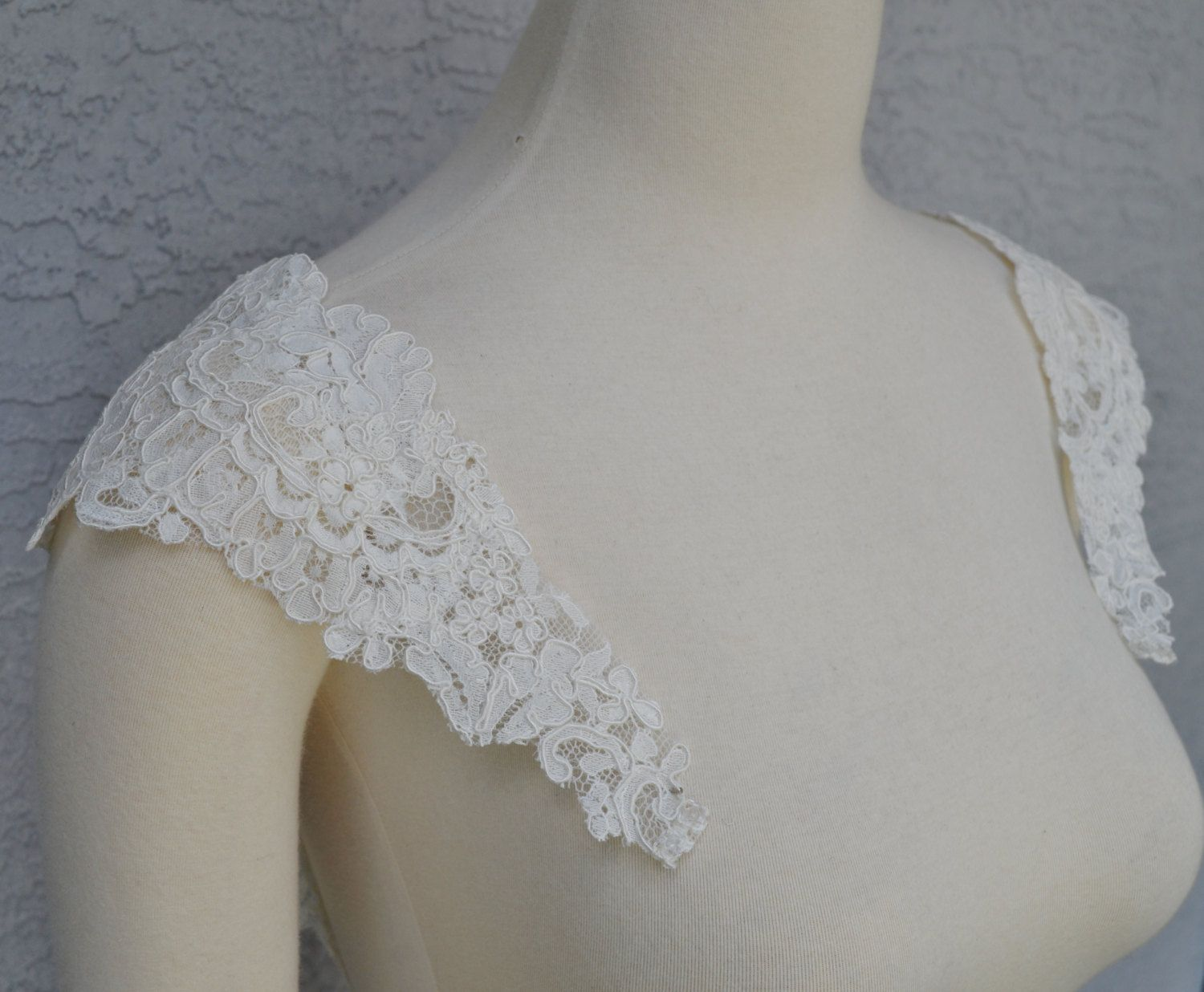 dd3f4b36ca40 Detachable Ivory Alencon Lace Straps to Add to your Wedding Dress it Can be  Customize by Chuletindesigns on Etsy