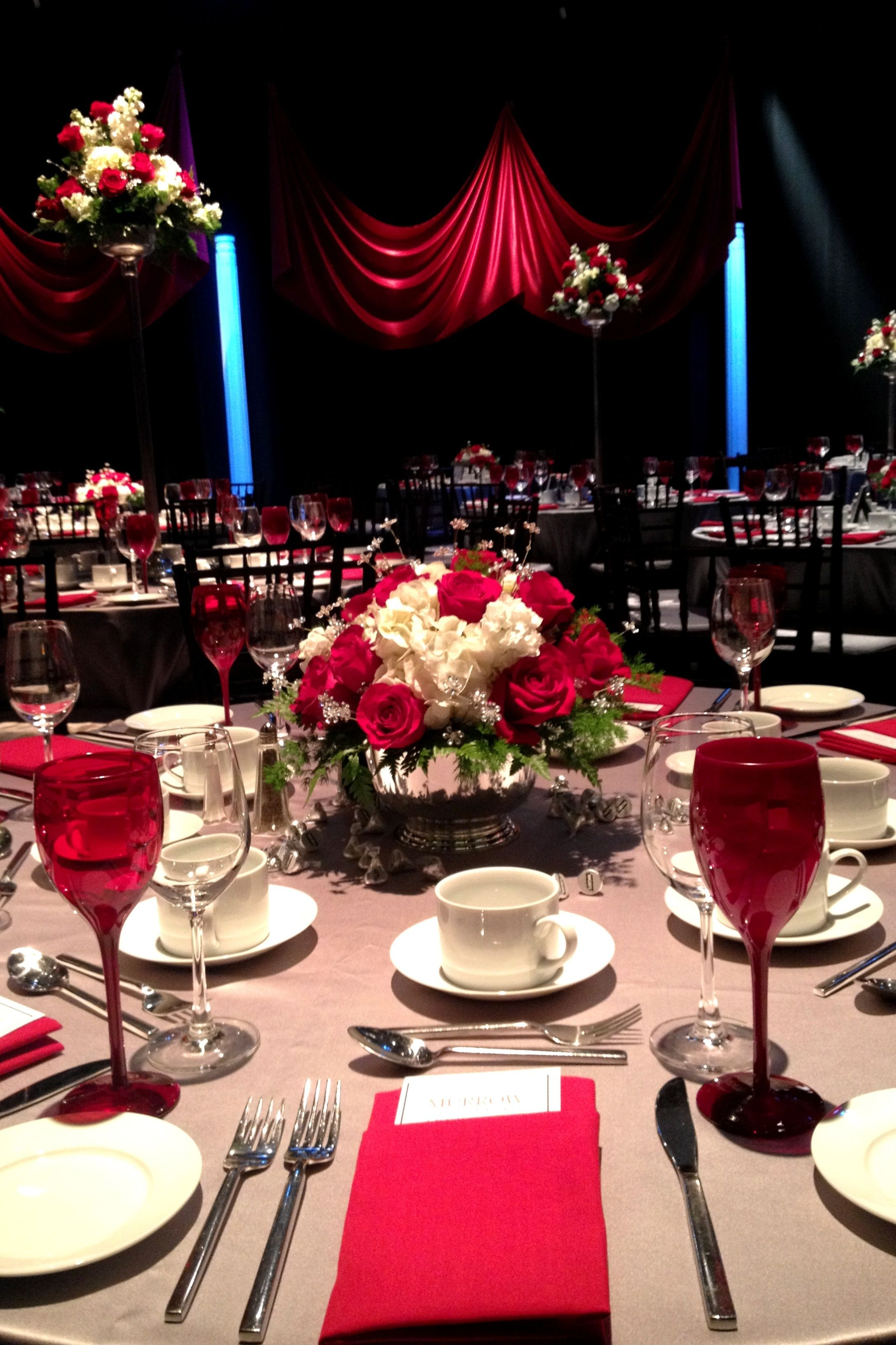 Dramatic Red Silver Place Settings Blue Heron Catering Western Ma Event Catering Corporate Events Trendy Party Decor Event Catering Western Decor