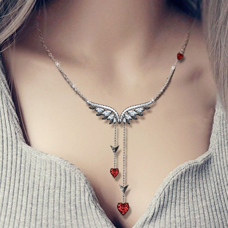 Vancaro - This necklace is still a series of angel wings, but compared to necklace A, it combines our Cupid series element -The arrow of cupid. Angel Wings were decorated with two stone mandrel design pendants, as if to take the world's love to heaven together. Because of having pendants, the integral feeling will be plump.