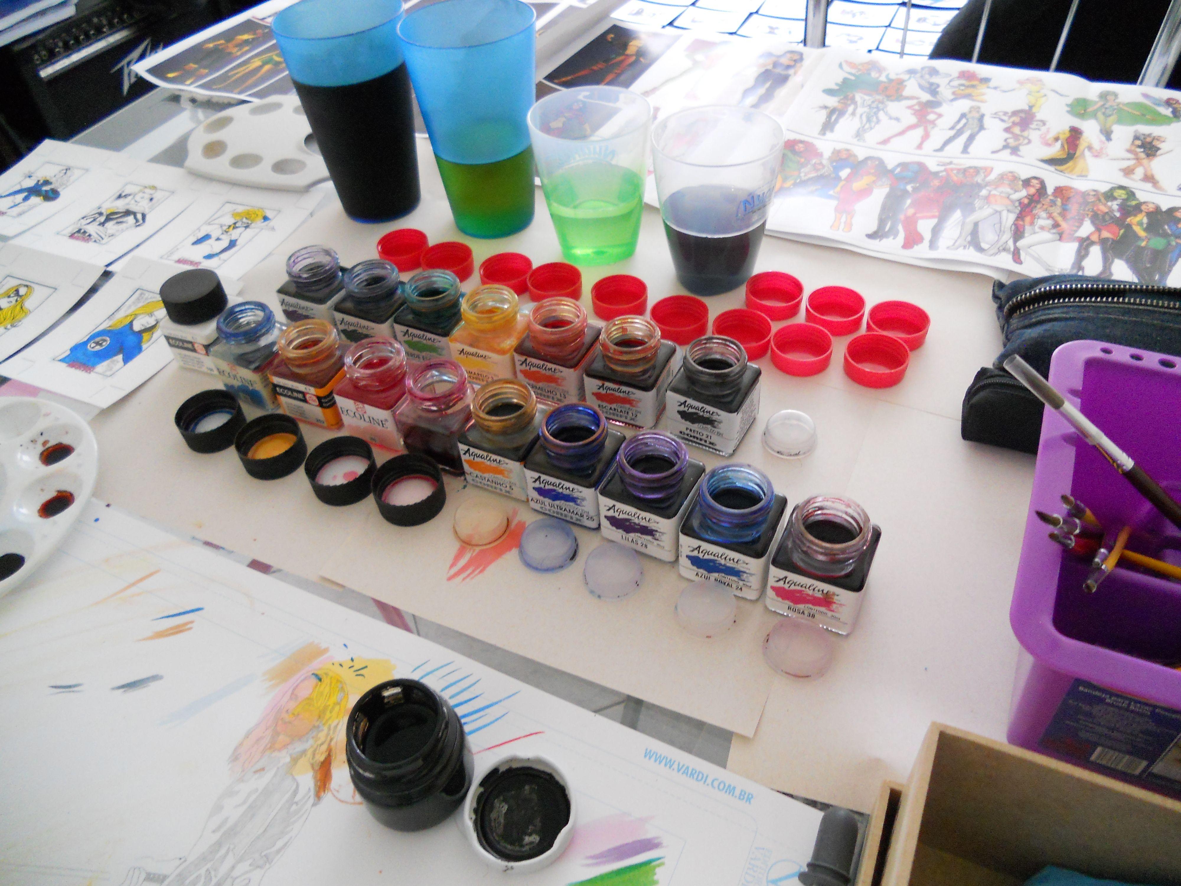 Organizando a Mesa de Jantar para fazer o trabalho (Sketch Card Marvel Women II)