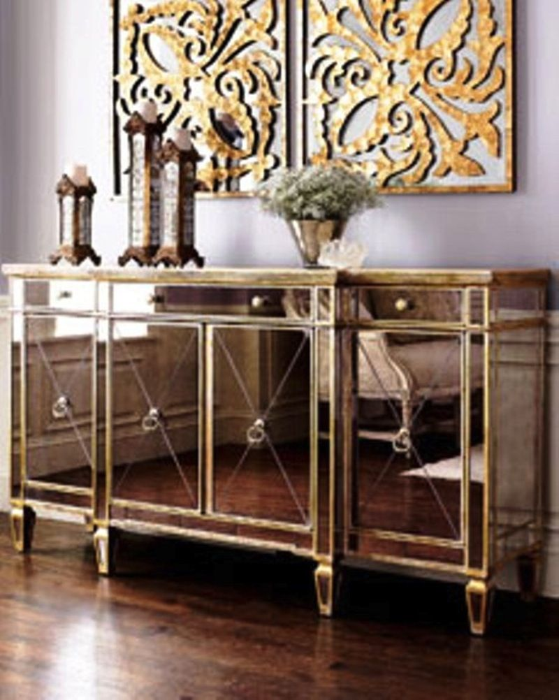 Mirrored glass buffet cabinet industrial design for Comedor industrial buffet