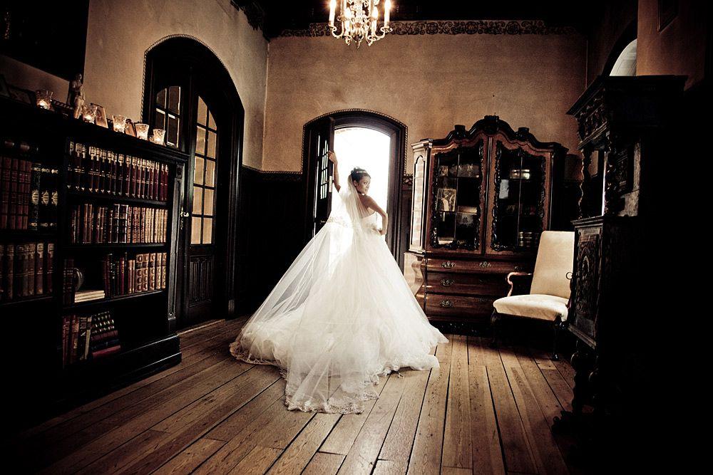 Bryllupsfotograf Ikast  http://www.forevigt.dk/bryllupsfotograf/jylland/midtjylland/ikast