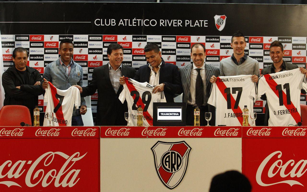 Daniel Passarella presidente de River Plate junto al DT Ram³n