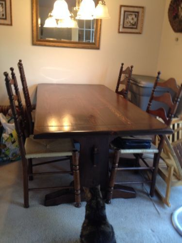 Ethan Allen Old Tavern Style Dining Room Trestle Table 4 Ladderback Chairs