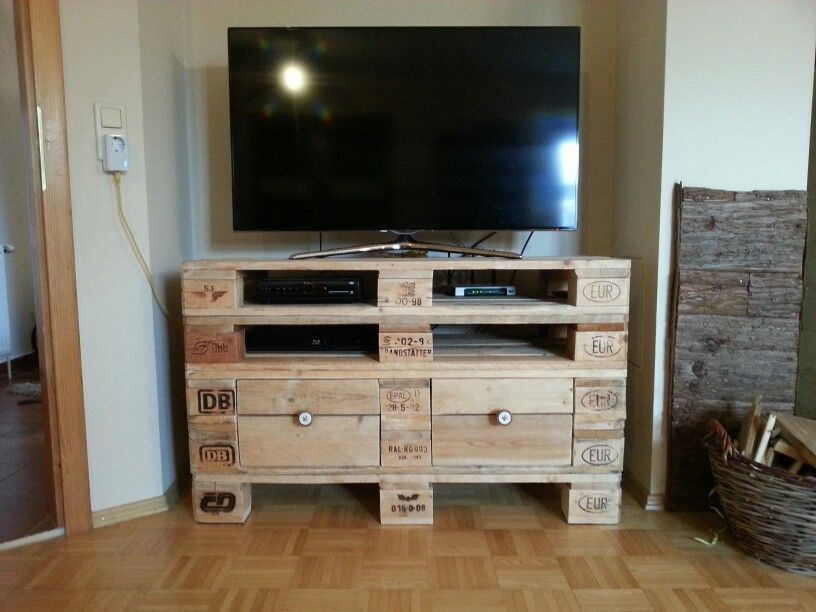 tv regal aus europaletten at home pinterest pallets. Black Bedroom Furniture Sets. Home Design Ideas