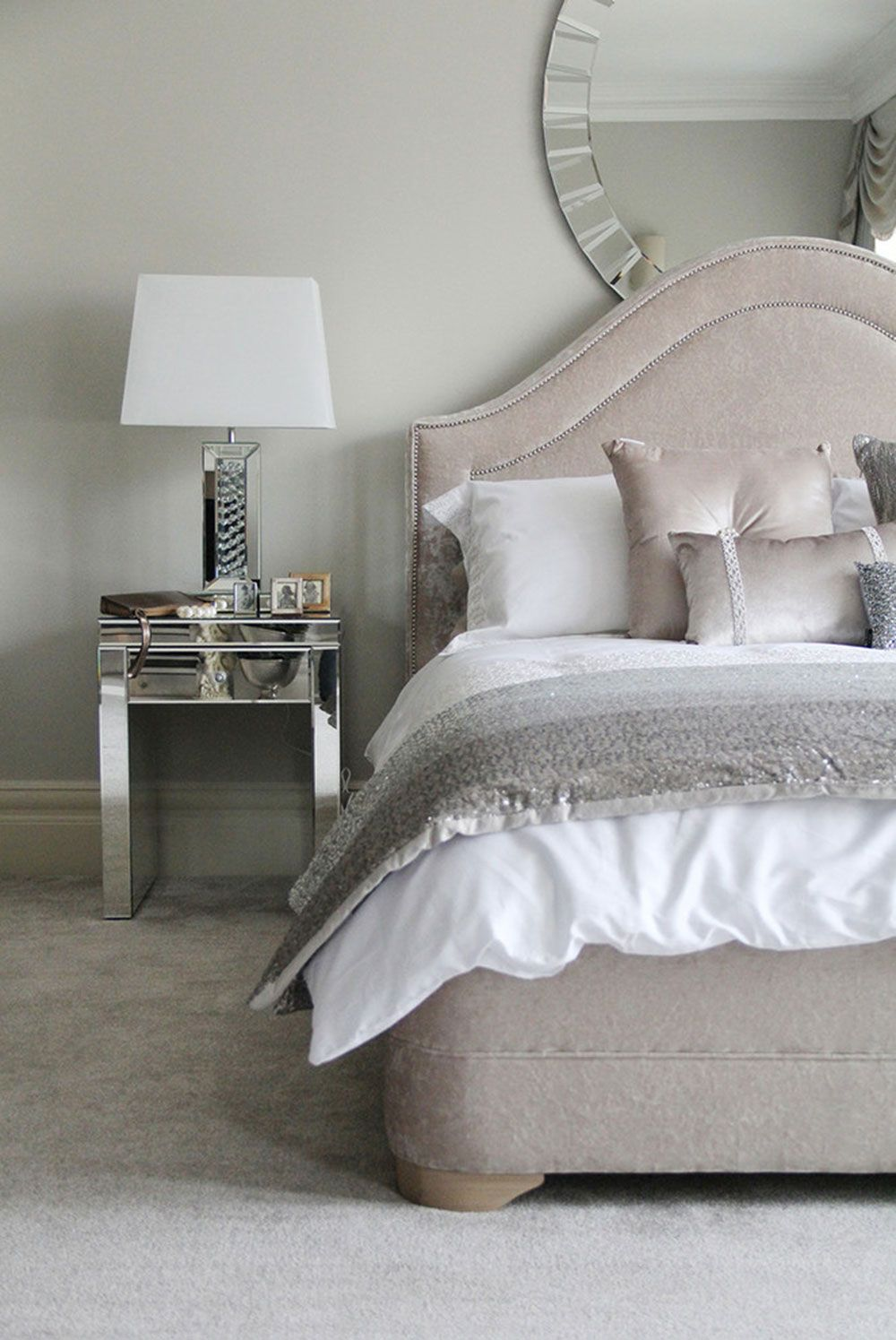 Small Bedside Table Ideas: Cool Bedside Table Ideas To Try In Your Bedroom