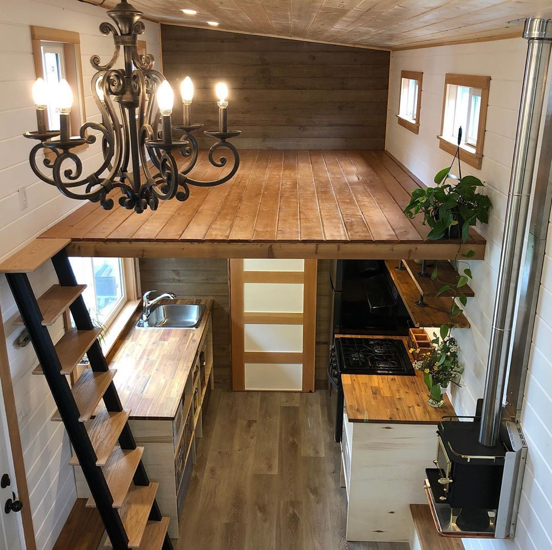 "Build A Tiny on Instagram: ""Hard work paying off.... just to bit more done and we can relax a little! #buildatiny #diy #tinyhouseonwheels"""
