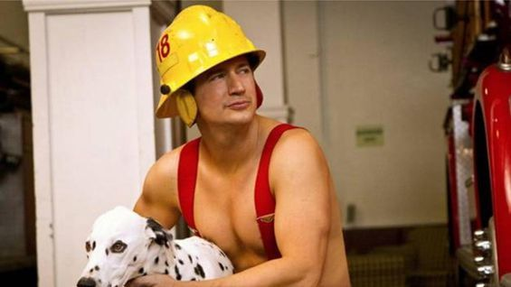 Ken Marino To Sail In For A Fresh Off The Boat Guest Spot Burning Love Fresh Off The Boat Beautiful Men