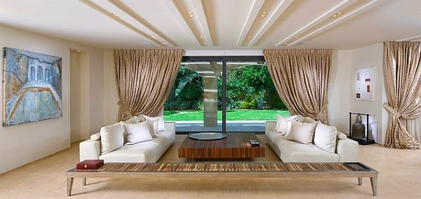 Low Ceiling Luxury Living Room With