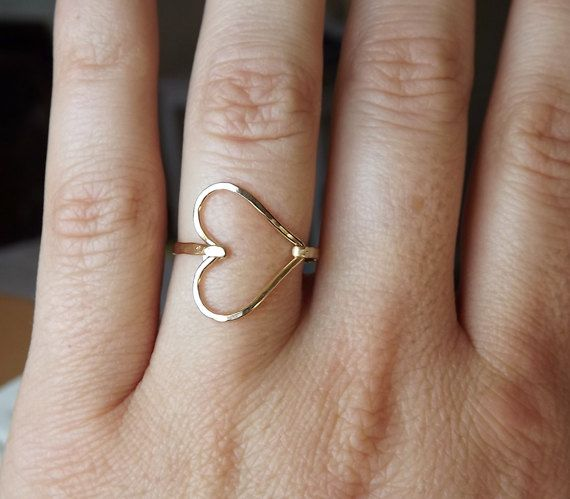 hammered gold heart ring Fashion Pinterest