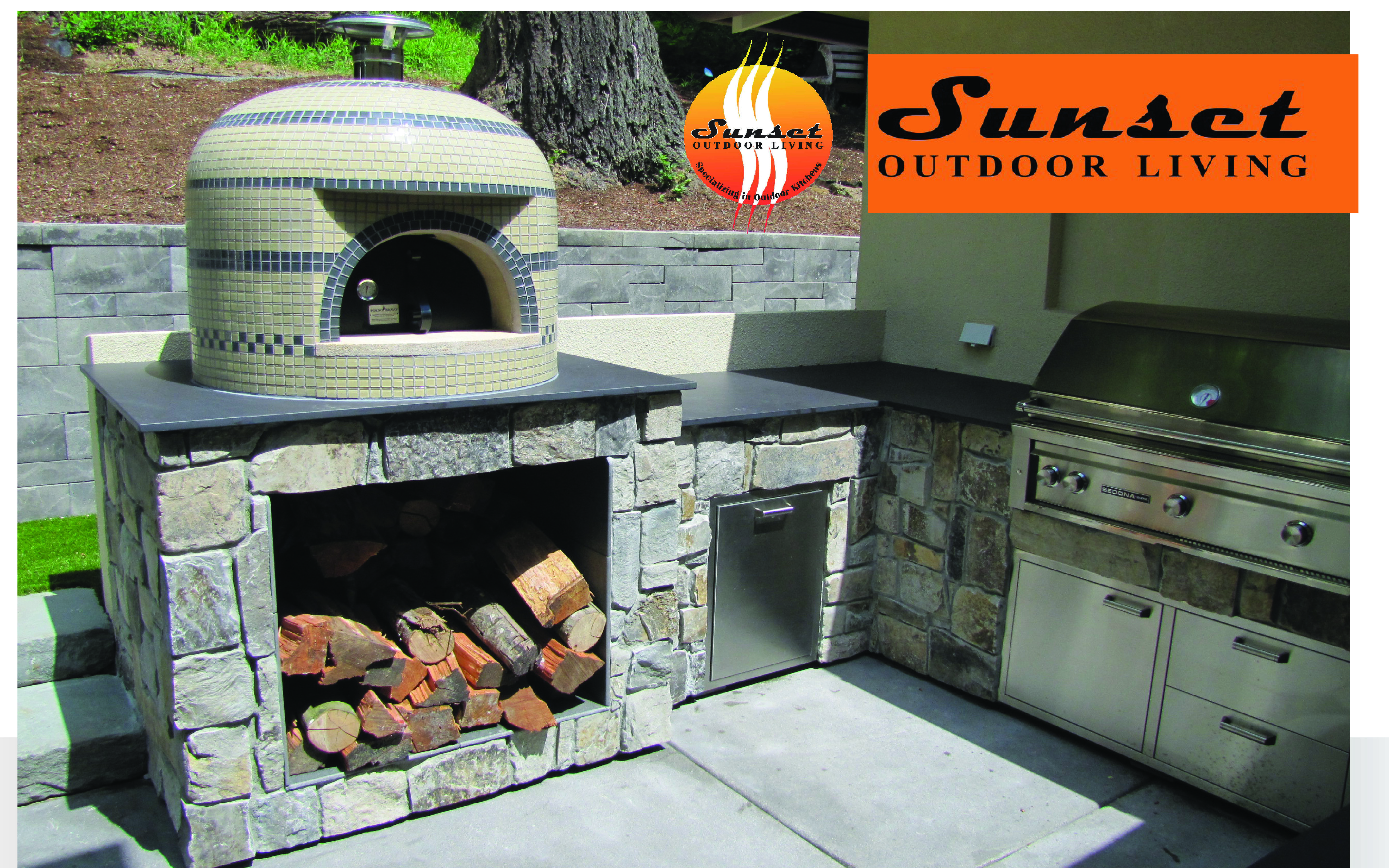 Wood fired pizza oven in this outdoor kitchen woodfiredpizza