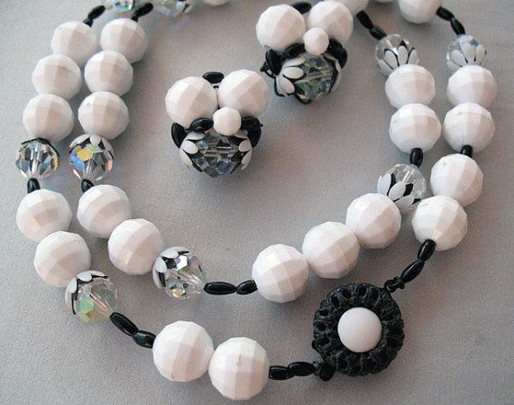Black and White Mod Lucite and Crystal Bead by bunnystrunkshow, $32.00