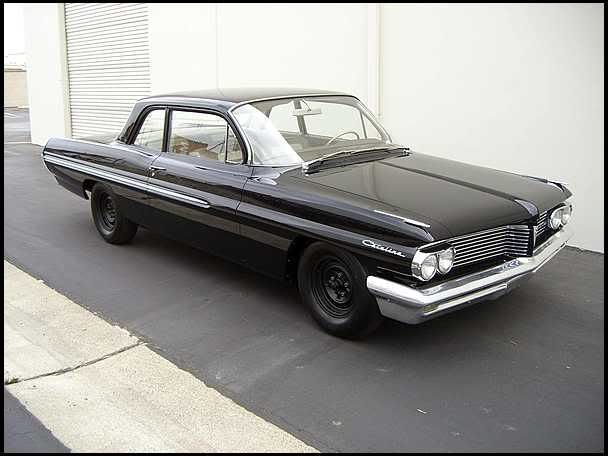 All Original 1962 Pontiac Catalina Looks Mean With Those Black Steel Wheels Pontiac Catalina Ford Mustang Car Car Wheels
