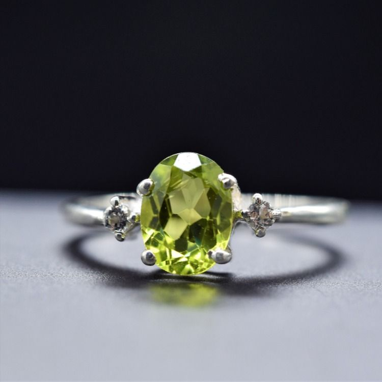 NATURAL PERIDOT RING-925 sterling silver ring-green peridot ring-oval shape
