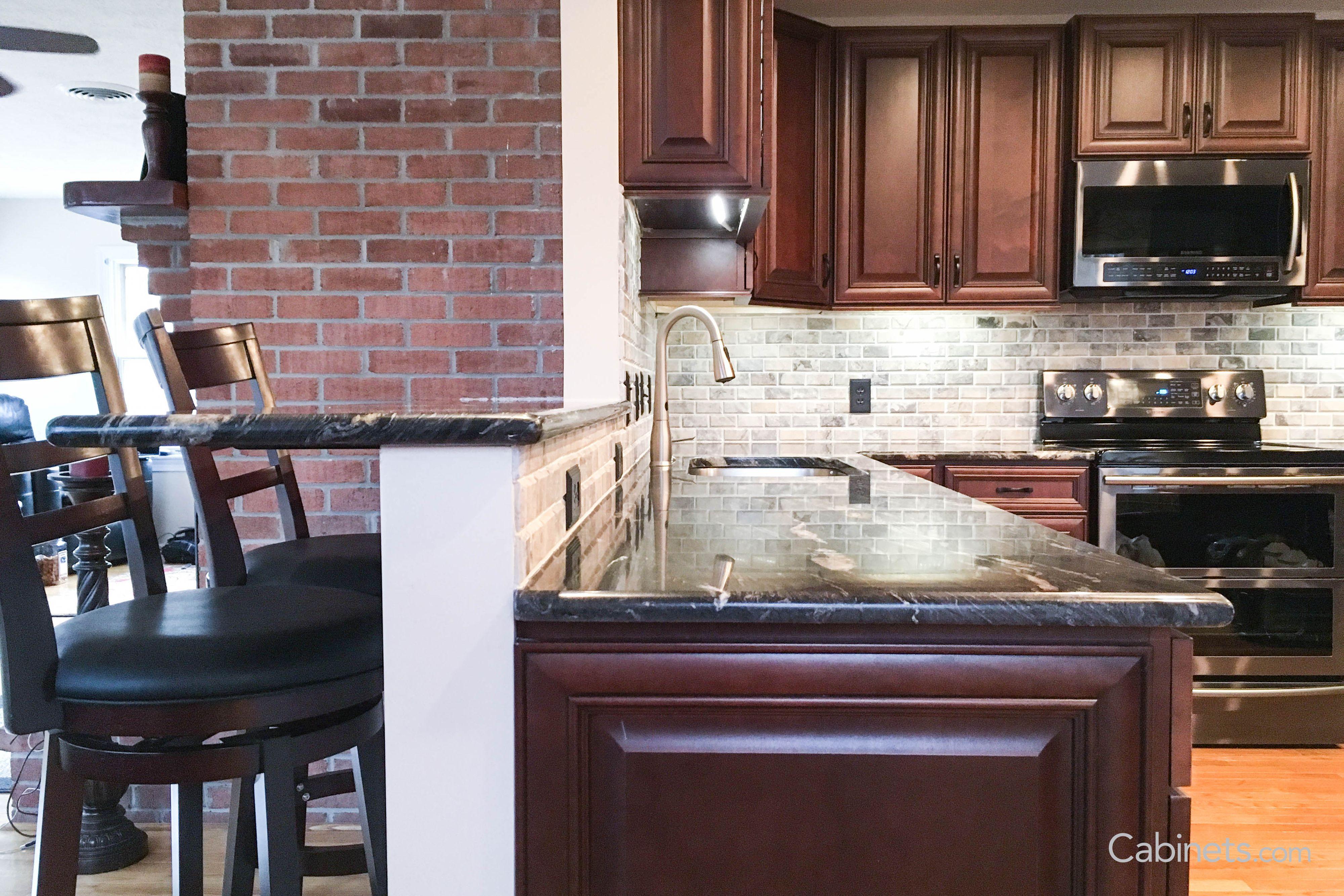 This Springfield Maple Java Coffee Glaze Kitchen Is Like Caffeine In An Iv Dreamkitchen Espresso Kitchen Cabinets Kitchen Remodel Kitchen