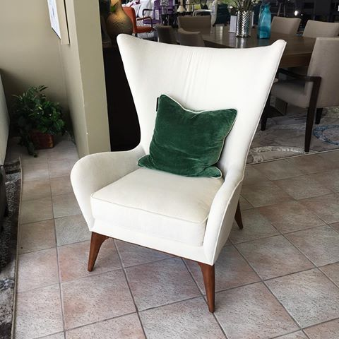 Crushing On This Very Mid Century Mod Accent Chair Now Where Can