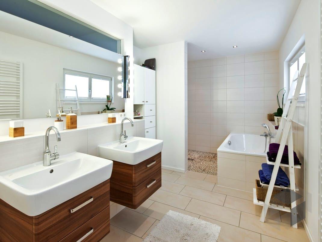 Kufstein Duo Individuell Geplant Von Regnauer Hausbau Bad Impression Finde Hauser Von Verschiedenen Anbietern Auf Www Fertig Haus Badezimmer Fertighauser