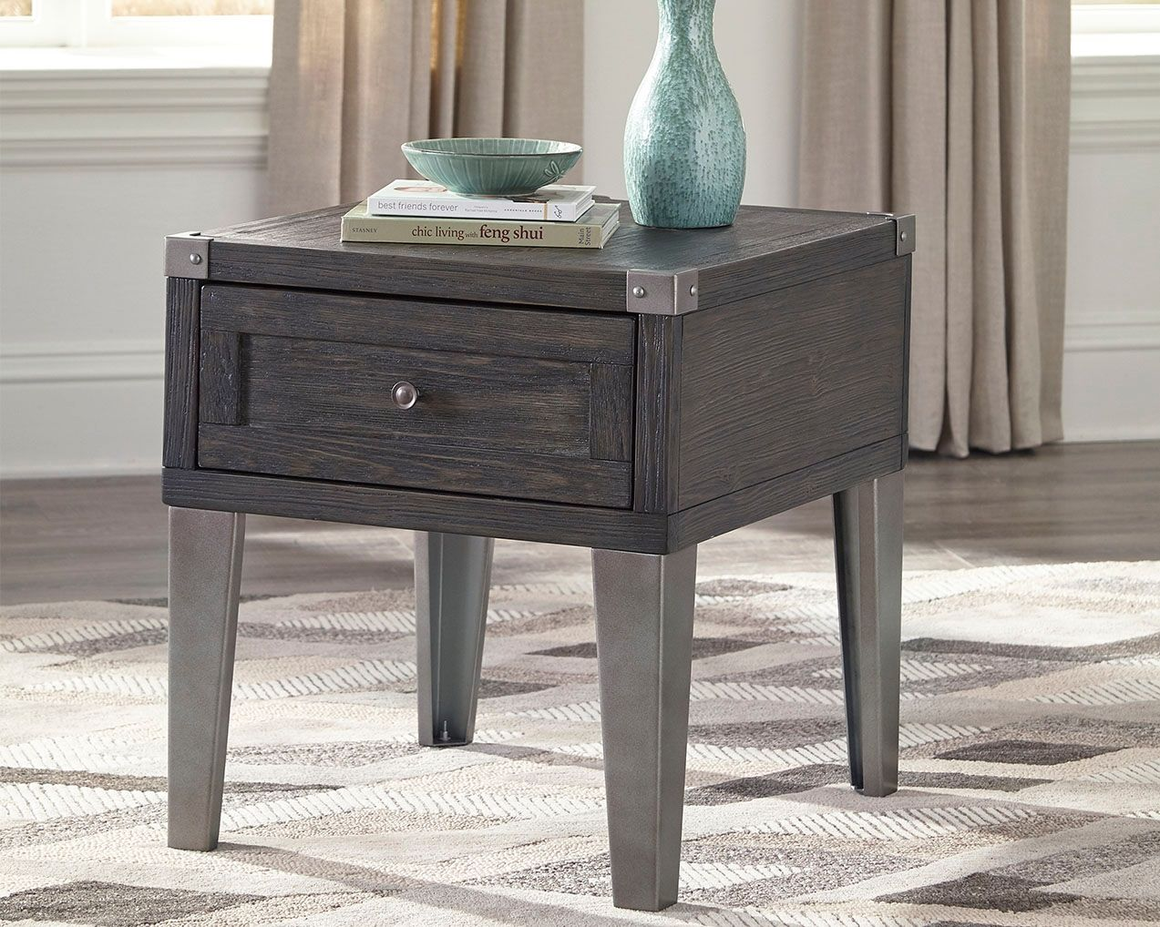 Todoe End Table With Usb Ports Outlets Dark Gray End Tables