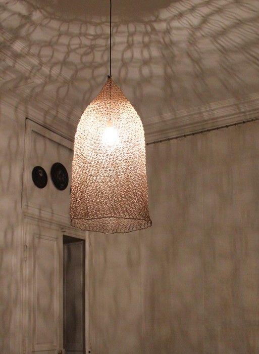 lampe suspension en filet nasse grande taille par best. Black Bedroom Furniture Sets. Home Design Ideas