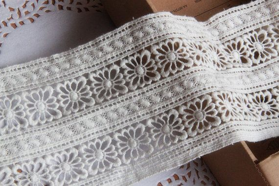 Off White Lace Ribboncotton Lace Trim Retro Crochet Lace Etsy Lace Trim Lace Lace Ribbon