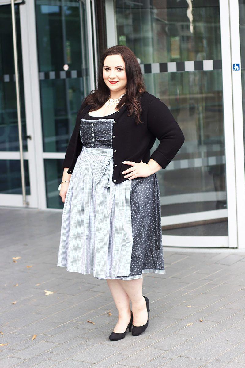 Die Wiesn 2016 Beginnen O Zapft Is Oktoberfest Outfit Oktoberfest Outfit Women Full Figure Fashion