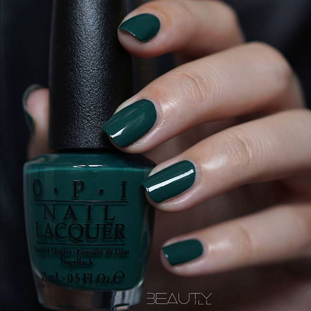 OPI Stay Off The Lawn Deep Dark Green Color