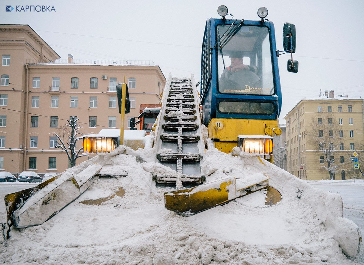 Уборка снега в Санкт-Петрбурге