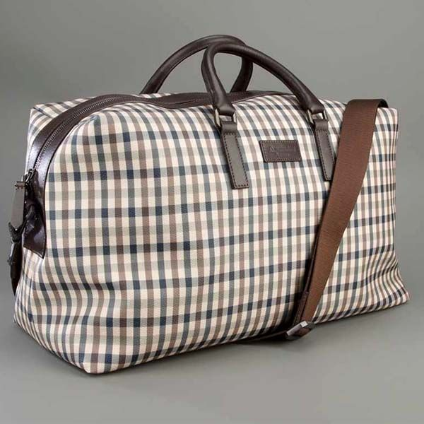 Beautiful Leather Aquascutum Bag For Weekends With Your Lady