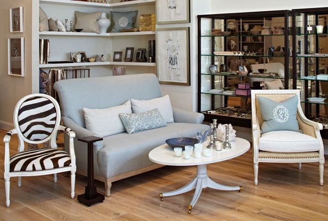 Professing Her Chic Sensibility And Stunning Style Elyse Gervis Of Gervis Design Studio Allows Her Ele Interior Design Interior Design Magazine Home