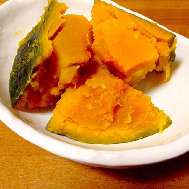 かぼちゃの煮物を作りました。めちゃくちゃほっくりしていて旨旨でした。 - 75件のもぐもぐ - かぼちゃの煮物う〜んほっ栗 by mayumi0525