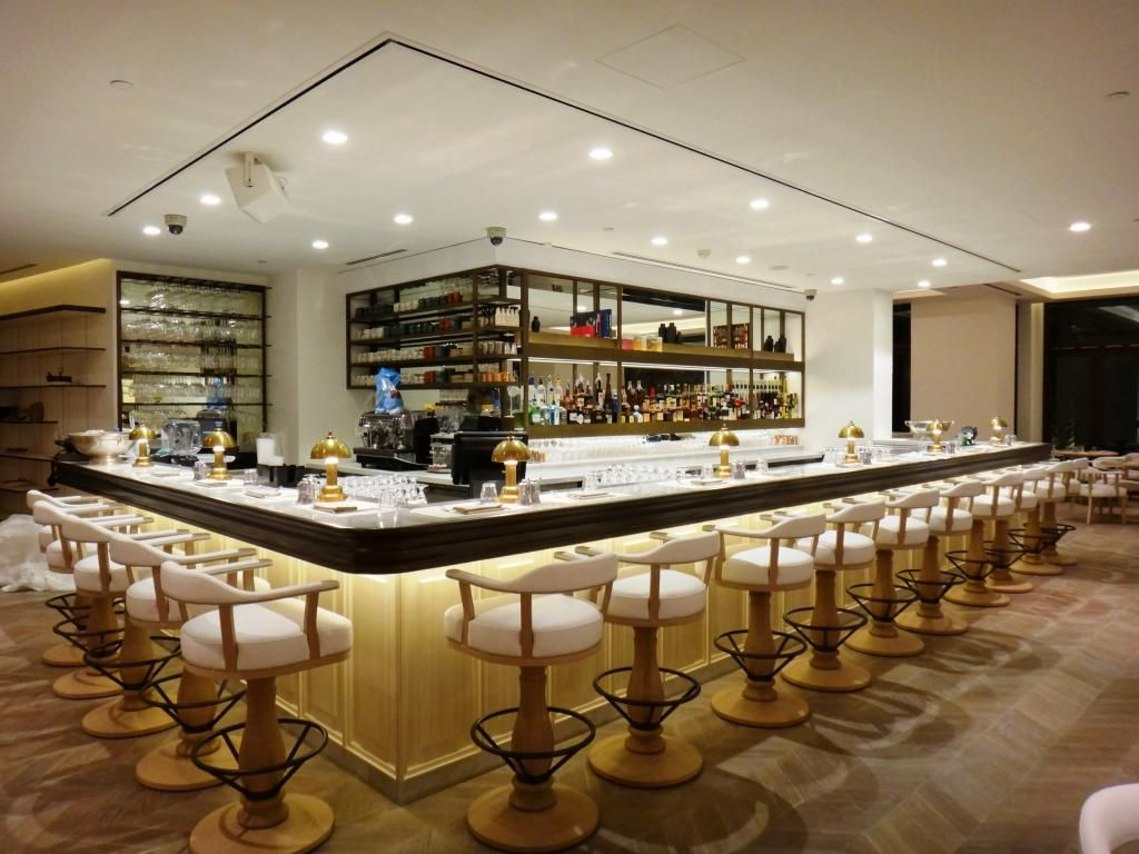 Frioul Restaurant in Dubai. Lighting supplied for a sophisticated look. LED lights downlights and LED strips. & Frioul Restaurant in Dubai. Lighting supplied for a sophisticated ...