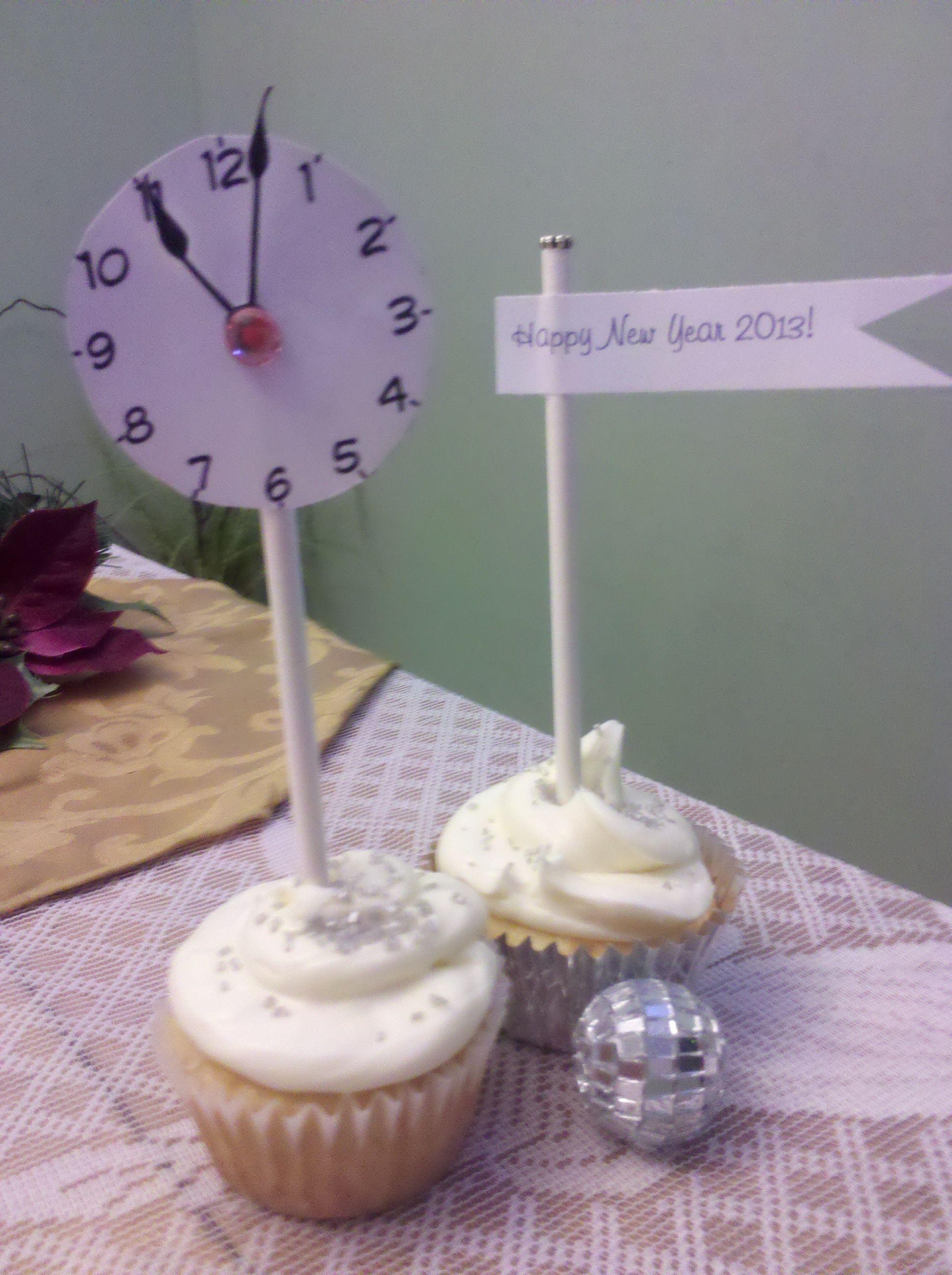 New Years cupcakes