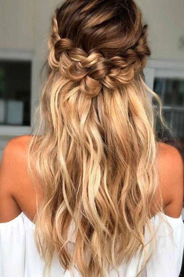15 coiffures d'anniversaire pour être la reine de la soirée - Elle - #coiffures #danniversaire #ELLE #être #pour #reine #soirée